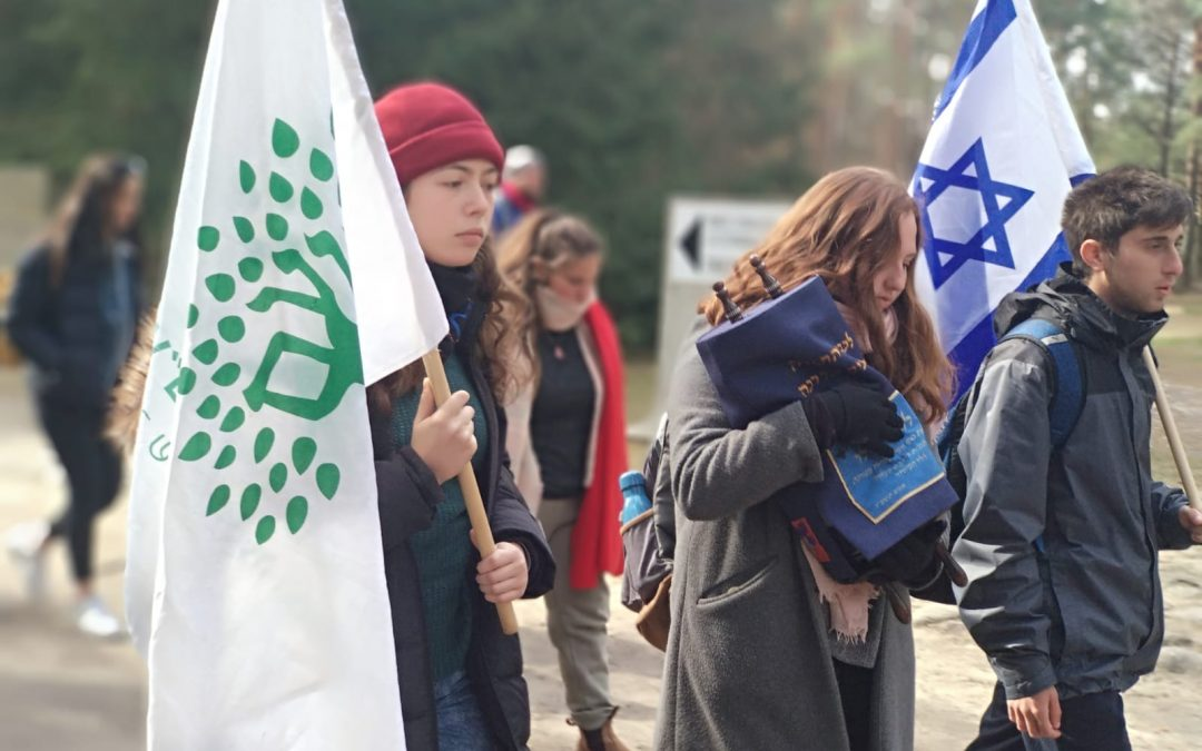 NOAM Youth Movement Teens Make Historic Trip to Poland